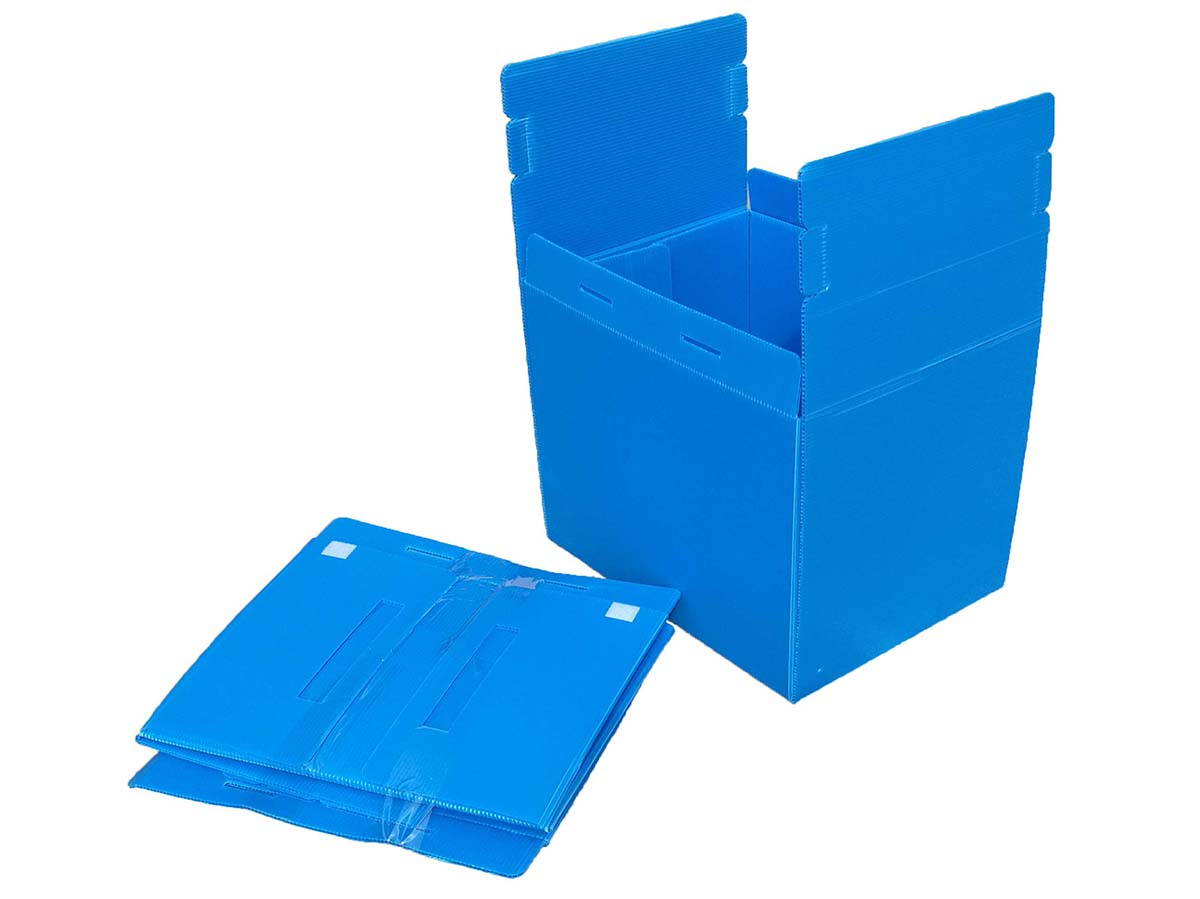 A reusable box and a collapsed box
