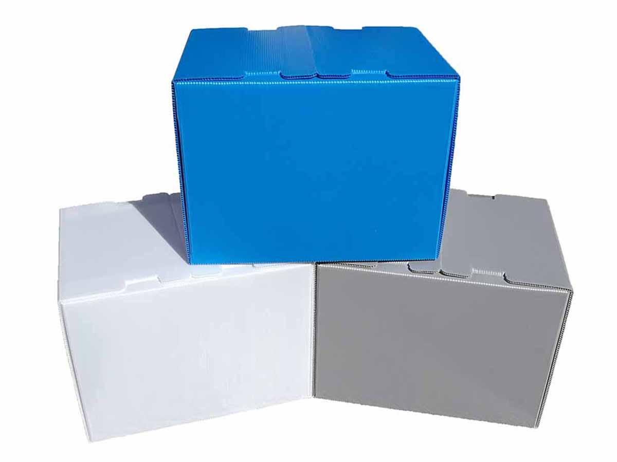 Reusable boxes alternative to cardboard boxes