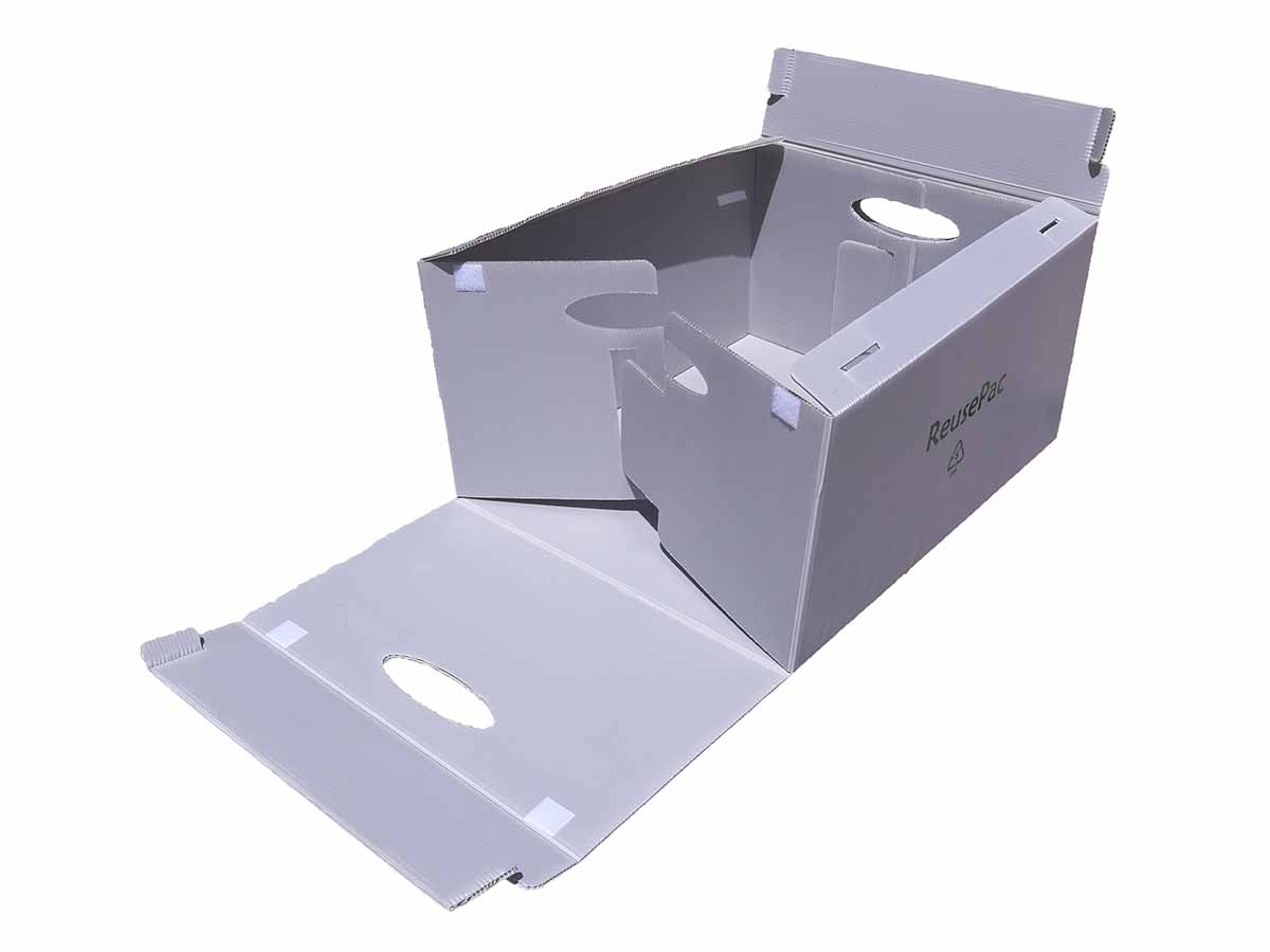 Reusable tote boxes with interlocked flap mechanism